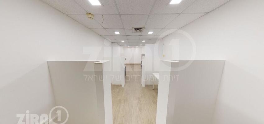 משרד בבניין בית קורקס A   קומה 0   שטח 120מ״ר    תמונה #0 - 1