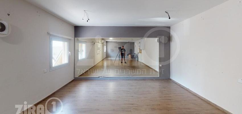 משרד בבניין בית קורקס A   קומה 0   שטח 60מ״ר    תמונה #0 - 1