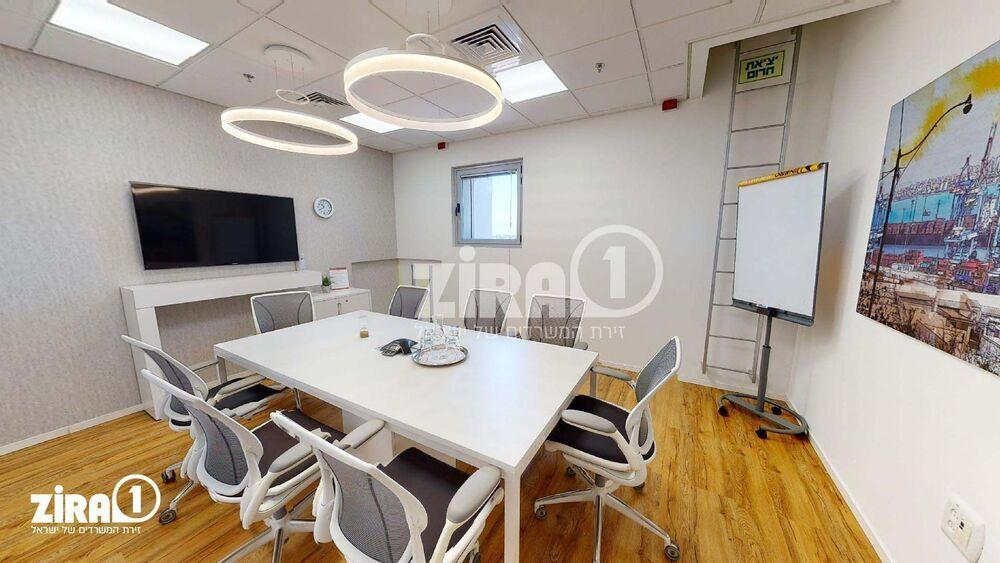 Regus Ra'anana | חדר ישיבות ל-  1 - 8 אנשים  | תמונה #2 - 1