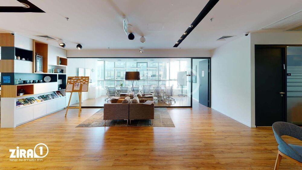 חלל עבודה Regus Ra'anana ברעננה | קומה 7 | תמונה #0 - 1