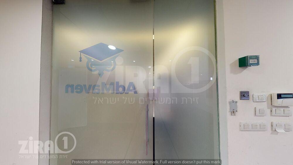 משרד בבניין בית זיויאל -כניסה A | קומה 1 | שטח 1030מ״ר  | תמונה #0 - 1