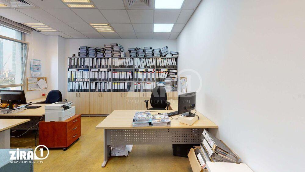 משרד בבניין פארק אולימפיה - בניין A | קומה: 5 | שטח 188 תמונה | מ׳׳ר #13 - 1