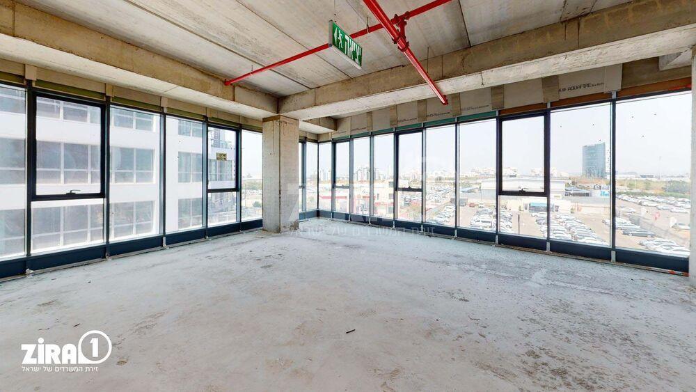 משרד בבניין A TOWER | קומה: 3 | שטח 300 תמונה | מ׳׳ר #16 - 1
