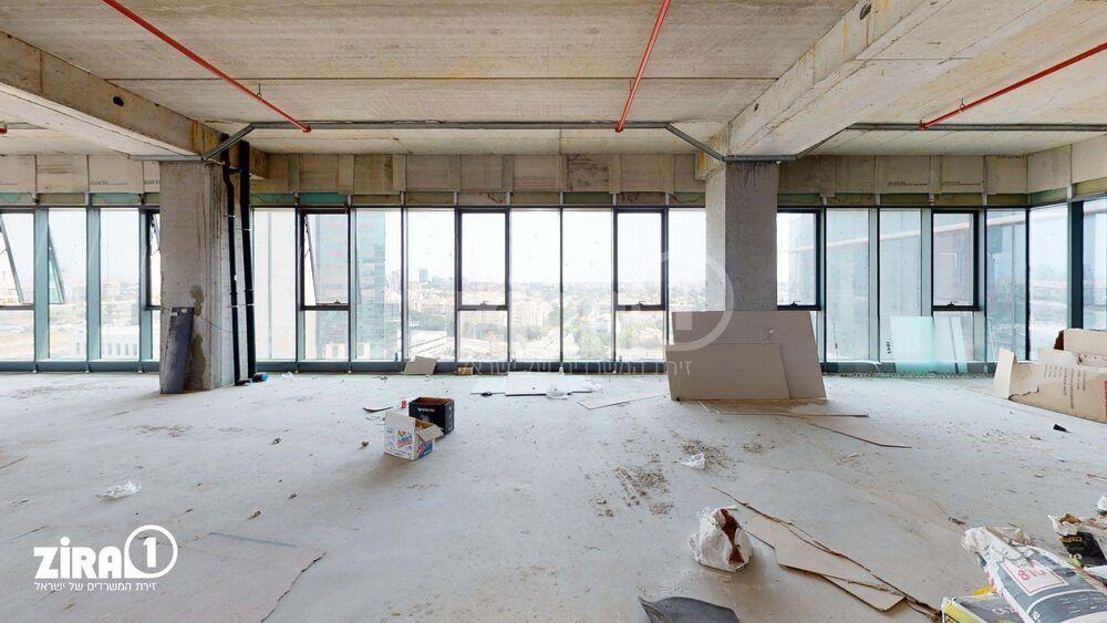 משרד בבניין A TOWER | קומה: 8 | שטח 500 תמונה | מ׳׳ר #2 - 1