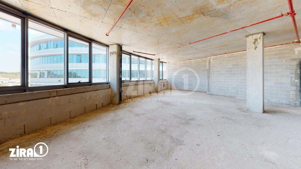 משרד בבניין רביעיית פלטינום- בניין B | קומה 3 | שטח 150מ״ר  | תמונה #0 - 1