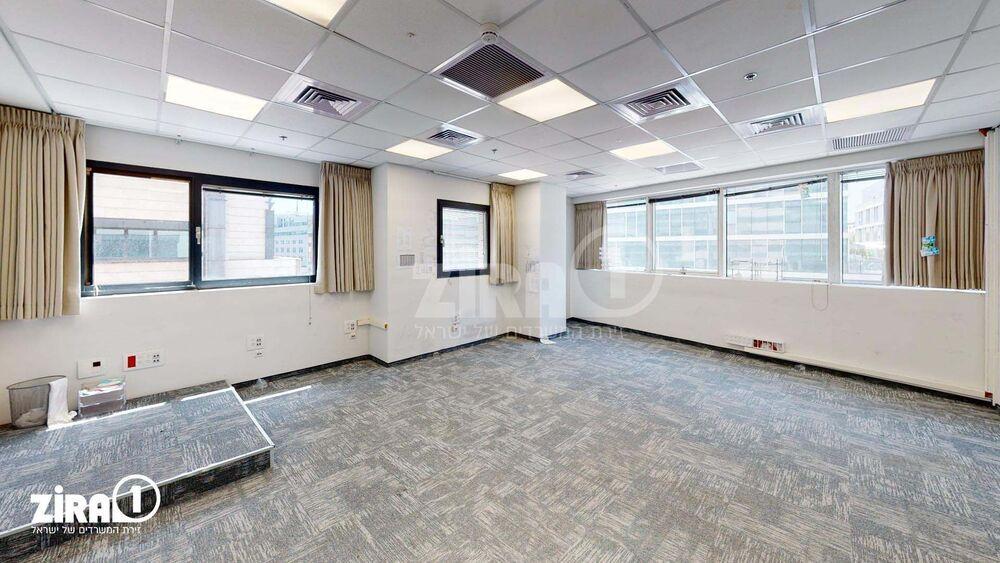 משרד בבניין בית זיויאל- כניסה B  | קומה: 2 | שטח 301 תמונה | מ׳׳ר #0 - 51