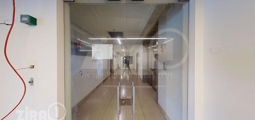 משרד בבניין בית זיויאל -כניסה D | קומה 4 | שטח 465מ״ר  | תמונה #0 - 1