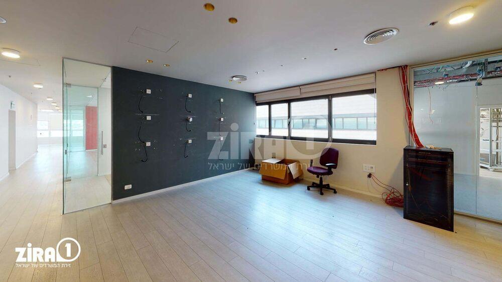 משרד בבניין בית זיויאל -כניסה D | קומה 5 | שטח 450מ״ר  | תמונה #0 - 1