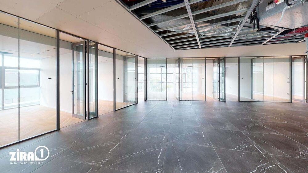 משרד בבניין מגדלי אקרשטיין - בניין D   קומה: 3   שטח 1200 תמונה   מ׳׳ר #11 - 1