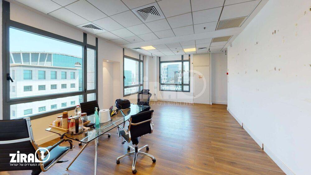 משרד בבניין עזריאלי Outlet בניין G | קומה: 14 | שטח 110 תמונה | מ׳׳ר #13 - 1