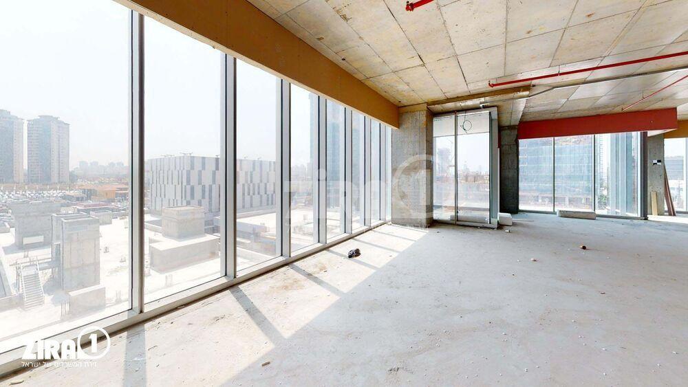משרד בבניין Global Towers - גלובל טאוורס | קומה: 4 | שטח 360 תמונה | מ׳׳ר #12 - 1