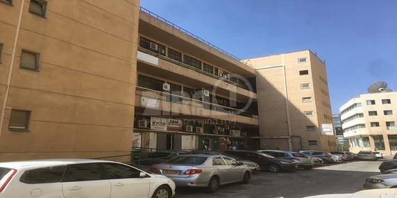 בניין מרכז שטנר בירושלים | רמת הבניין classC | תמונה #0 - 1