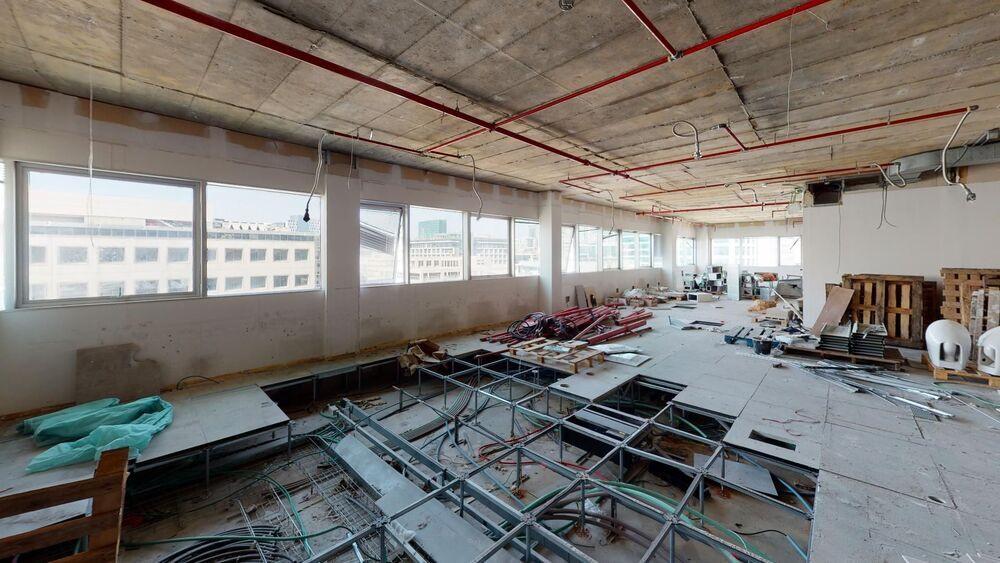 משרד בבניין בית נובוטון | קומה: 4 | שטח 800 תמונה | מ׳׳ר #10 - 1