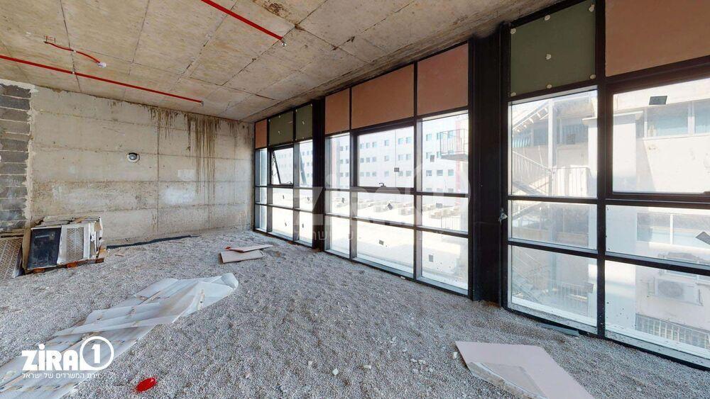 משרד בבניין בית Seven   קומה 2   שטח 178מ״ר    תמונה #0 - 1