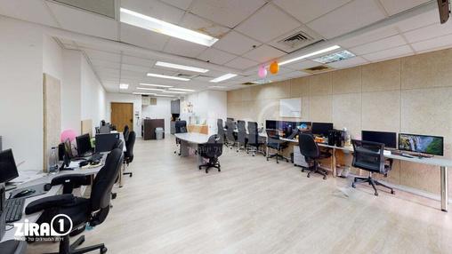 משרד בבניין מגדל UMI | קומה 5 | שטח 111מ״ר  | תמונה #16 - 1