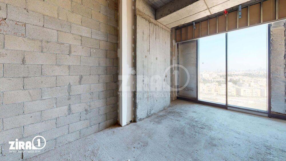 משרד בבניין Up town business  | קומה 10 | שטח 57מ״ר  | תמונה #0 - 1