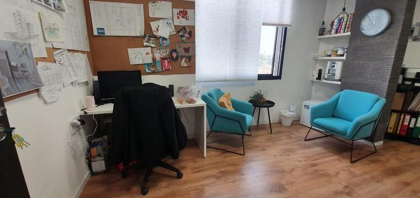 משרד בבניין בית שערי העיר | קומה 2 | שטח 27מ״ר  | תמונה #0 - 1