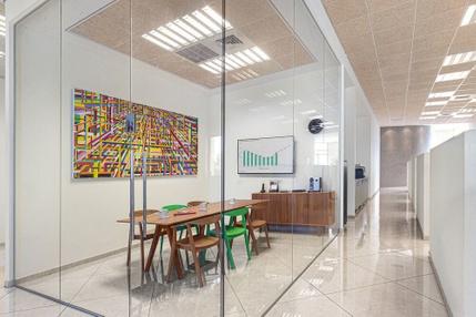 משרד בבניין מרכז מסחרי לב צורן | קומה 2 | שטח 190מ״ר  | תמונה #0 - 1