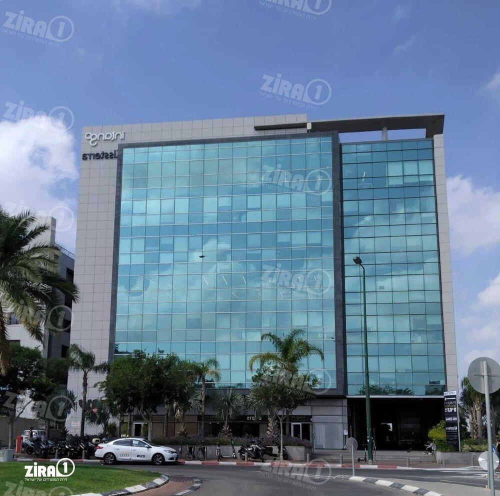 בניין מגדל הכיכר בתל אביב יפו | רמת הבניין classB | תמונה #0 - 1