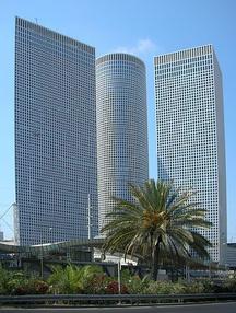 בניין בניין עזריאלי  - מגדל משולש בתל אביב יפו | רמת הבניין classA | תמונה #2 - 1