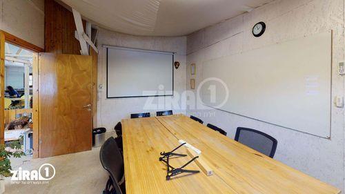 מקום בזמן   חדר ישיבות ל-  1 - 8 אנשים    תמונה #1 - 1
