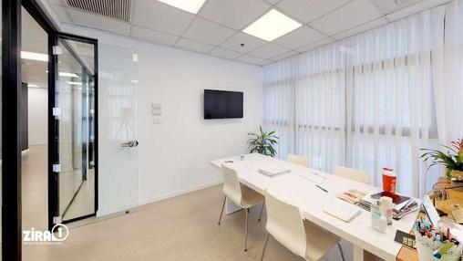 משרד בבניין מגדל UMI | קומה 1 | שטח 198מ״ר  | תמונה #11 - 1