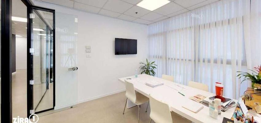 משרד בבניין מגדל UMI | קומה 1 | שטח 198מ״ר  | תמונה #0 - 1