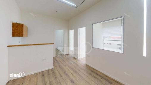 משרד בבניין בית נועה   קומה 3   שטח 64מ״ר    תמונה #19 - 1
