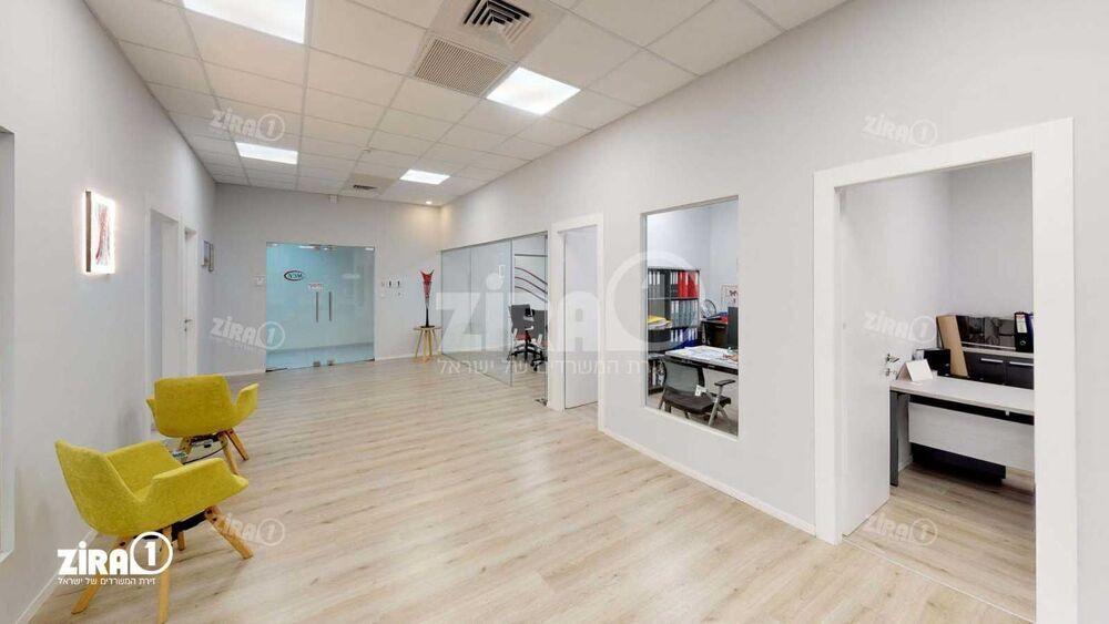 משרד בבניין בית אשבד | קומה 2 | שטח 170מ״ר  | תמונה #0 - 1