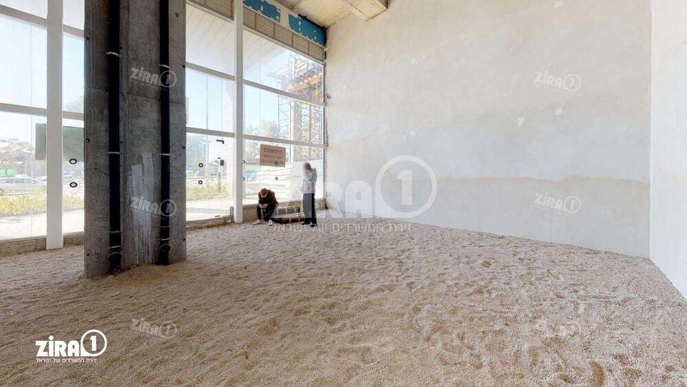 משרד בבניין שער העיר  | קומה: 0 | שטח 130 תמונה | מ׳׳ר #19 - 1