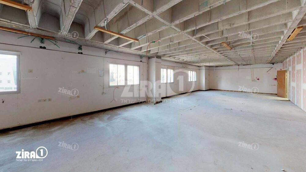 משרד בבניין בניין מרכז הקריה | קומה 2 | שטח 1200מ״ר  | תמונה #0 - 1