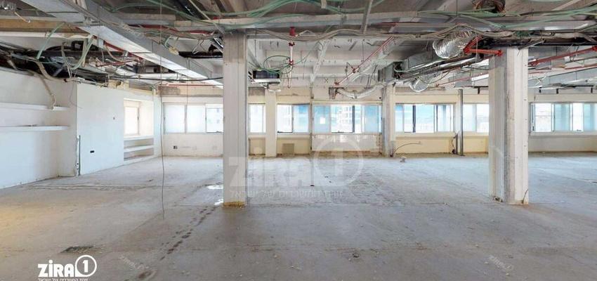 משרד בבניין מרכזים 2000   קומה 3   שטח 360מ״ר    תמונה #0 - 1