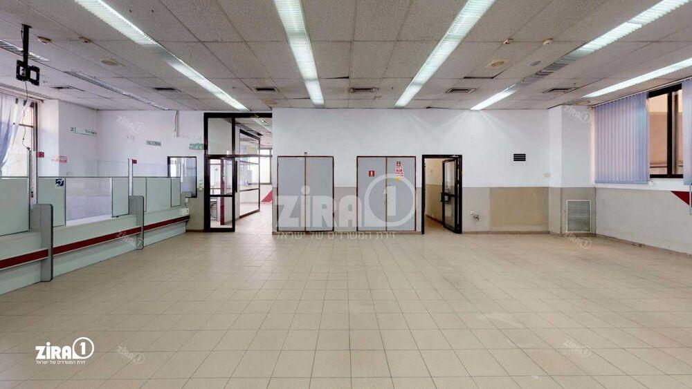משרד בבניין התנופה 17 | קומה: 0 | שטח 1260 תמונה | מ׳׳ר #19 - 1