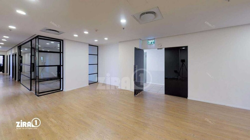 משרד בבניין מגדל משה אביב | קומה 19 | שטח 1170מ״ר  | תמונה #1 - 1