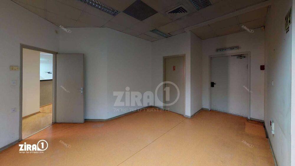משרד בבניין פארק דניב - בית גילת 3 | קומה: 3 | שטח 760 תמונה | מ׳׳ר #1 - 1