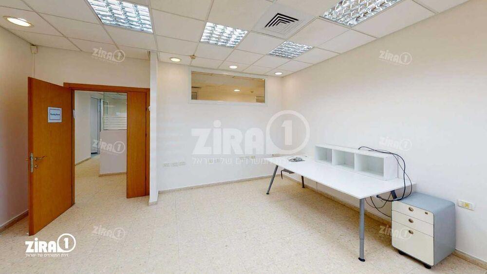 משרד בבניין לב המדע | קומה 2 | שטח 338מ״ר  | תמונה #0 - 1