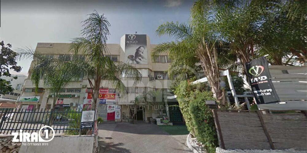 בניין בית רון ברעננה | רמת הבניין classC | תמונה #0 - 1