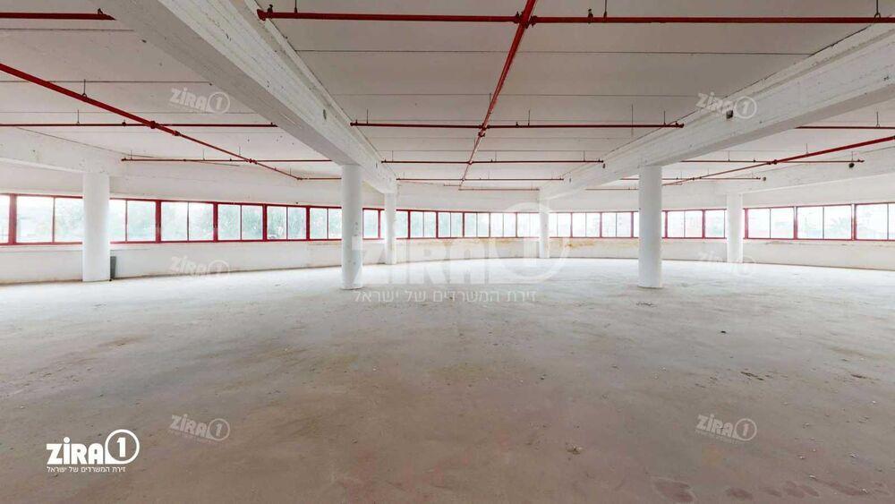 משרד בבניין יגיע כפיים 1 | קומה 1 | שטח 1000מ״ר  | תמונה #0 - 1