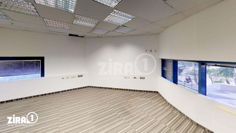 משרד בבניין פארק דניב - בית גילת 2 | קומה: 0 | שטח 239 תמונה | מ׳׳ר #20 - 1