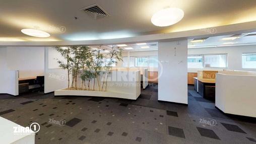 משרד בבניין בניין רם | קומה 4 | שטח 2500מ״ר  | תמונה #3 - 1