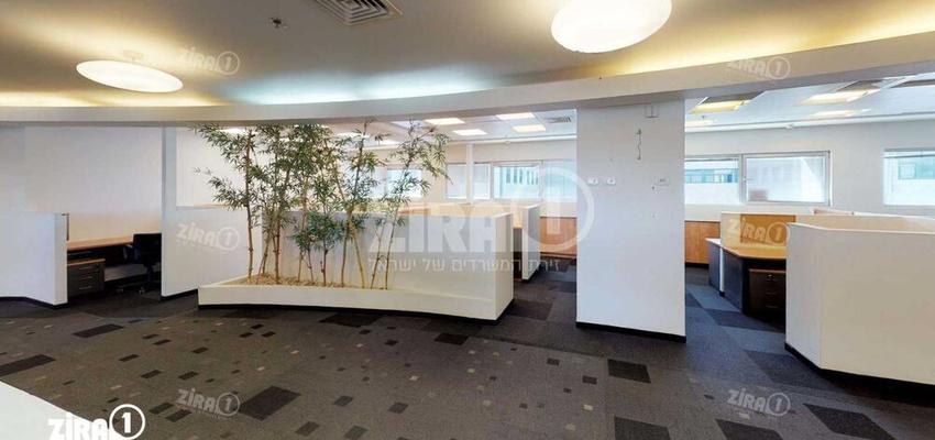 משרד בבניין בניין רם | קומה 4 | שטח 2500מ״ר  | תמונה #0 - 1
