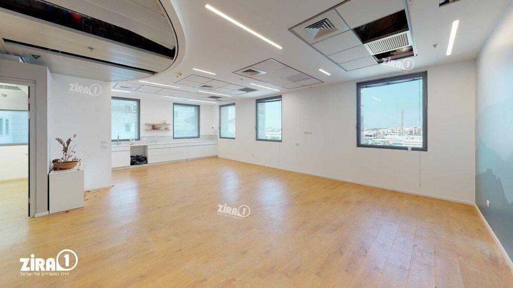 משרד בבניין בית אליהו יצחקי - אגף A   קומה 3   שטח 983מ״ר    תמונה #0 - 1