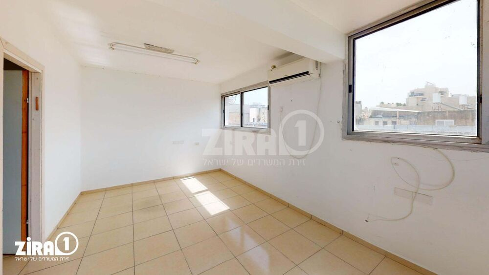 משרד בבניין בניין האגודה | קומה 3 | שטח 170מ״ר  | תמונה #0 - 1