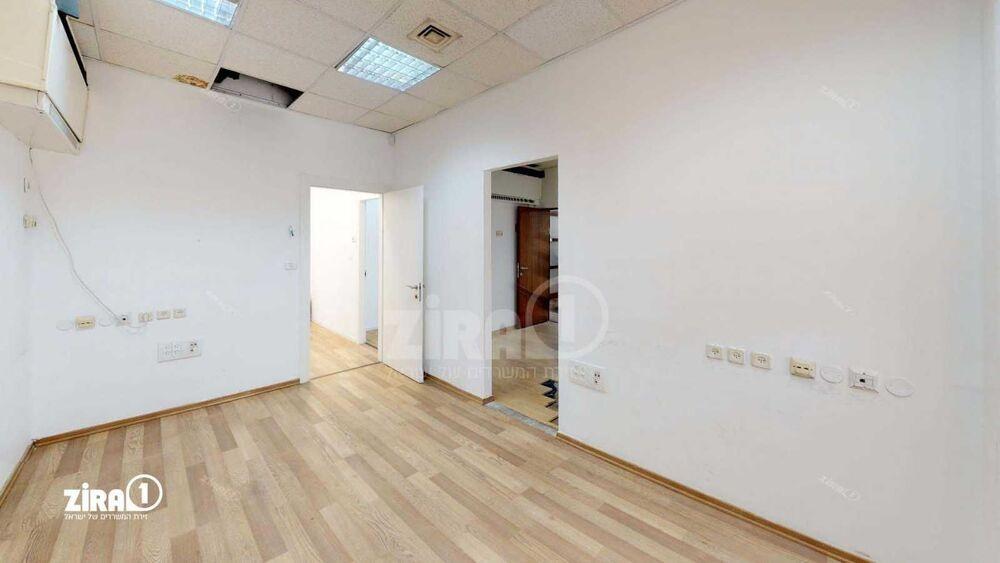 משרד בבניין בית ר.מ.פ.א | קומה: 0 | שטח 276 תמונה | מ׳׳ר #18 - 1