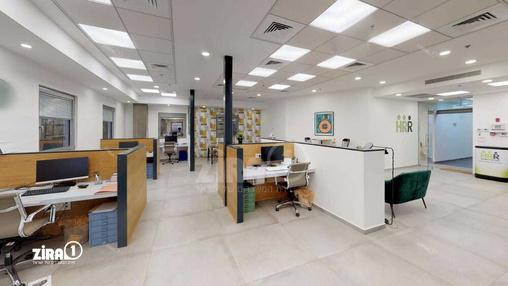משרד בבניין בניין כלמוביל | קומה 3 | שטח 175מ״ר  | תמונה #7 - 1