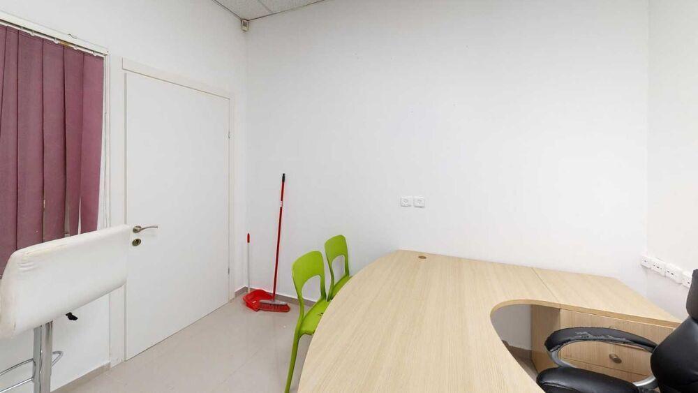 """משרד בבניין התע""""ש 10   קומה 1   שטח 14מ״ר    תמונה #0 - 1"""