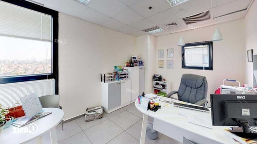 משרד בבניין מגדל UMI | קומה 9 | שטח 159מ״ר  | תמונה #6 - 1