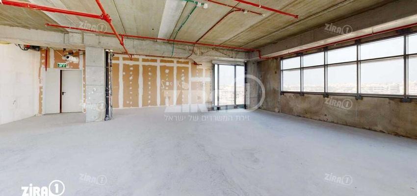 משרד בבניין בית ירון מילר   קומה 4   שטח 185מ״ר    תמונה #0 - 1