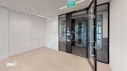 משרד בבניין מתחם Centro | קומה 4 | שטח 100מ״ר  | תמונה #17 - 1