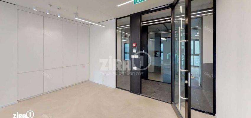 משרד בבניין מתחם Centro | קומה 4 | שטח 100מ״ר  | תמונה #0 - 1